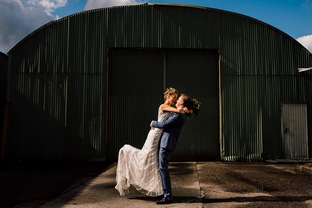 Dayofmylife-trouwen-bruidsfotograaf-trouwfotograaf-Elburg-fotoshoot elburg-trouwen boerenschuur-vierhouten032