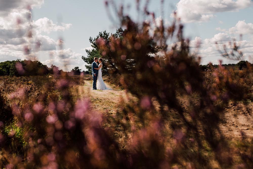 Dayofmylife-trouwen-bruidsfotograaf-trouwfotograaf-Elburg-fotoshoot elburg-trouwen boerenschuur-vierhouten056