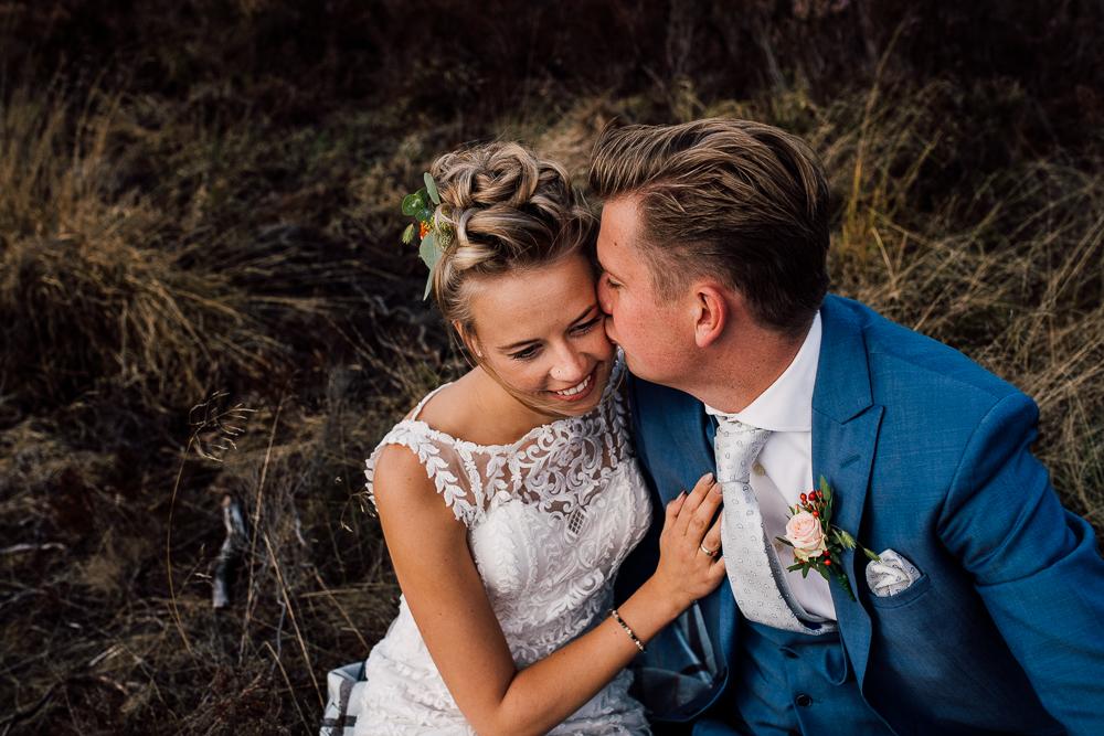 Dayofmylife-trouwen-bruidsfotograaf-trouwfotograaf-Elburg-fotoshoot elburg-trouwen boerenschuur-vierhouten058