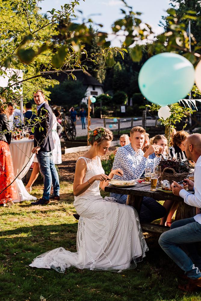 Dayofmylife-trouwen-bruidsfotograaf-trouwfotograaf-Elburg-fotoshoot elburg-trouwen boerenschuur-vierhouten070