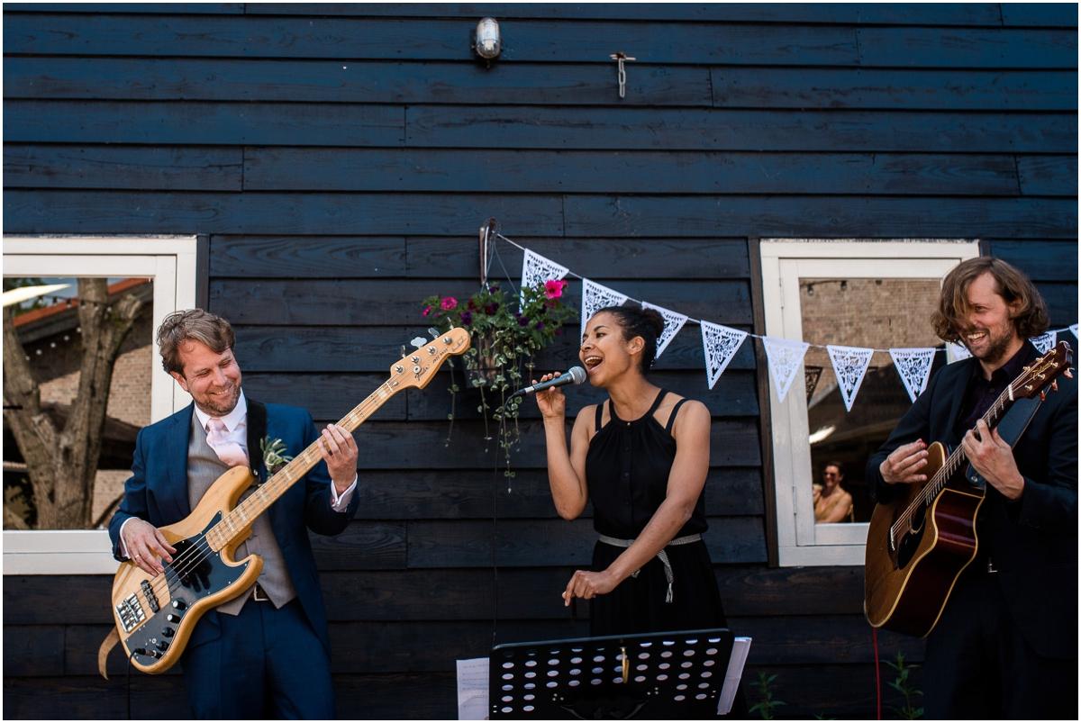 Dayofmylife-trouwen-fruittuinverbeek-bruidsfotograaf-wedding-germany-dutch15