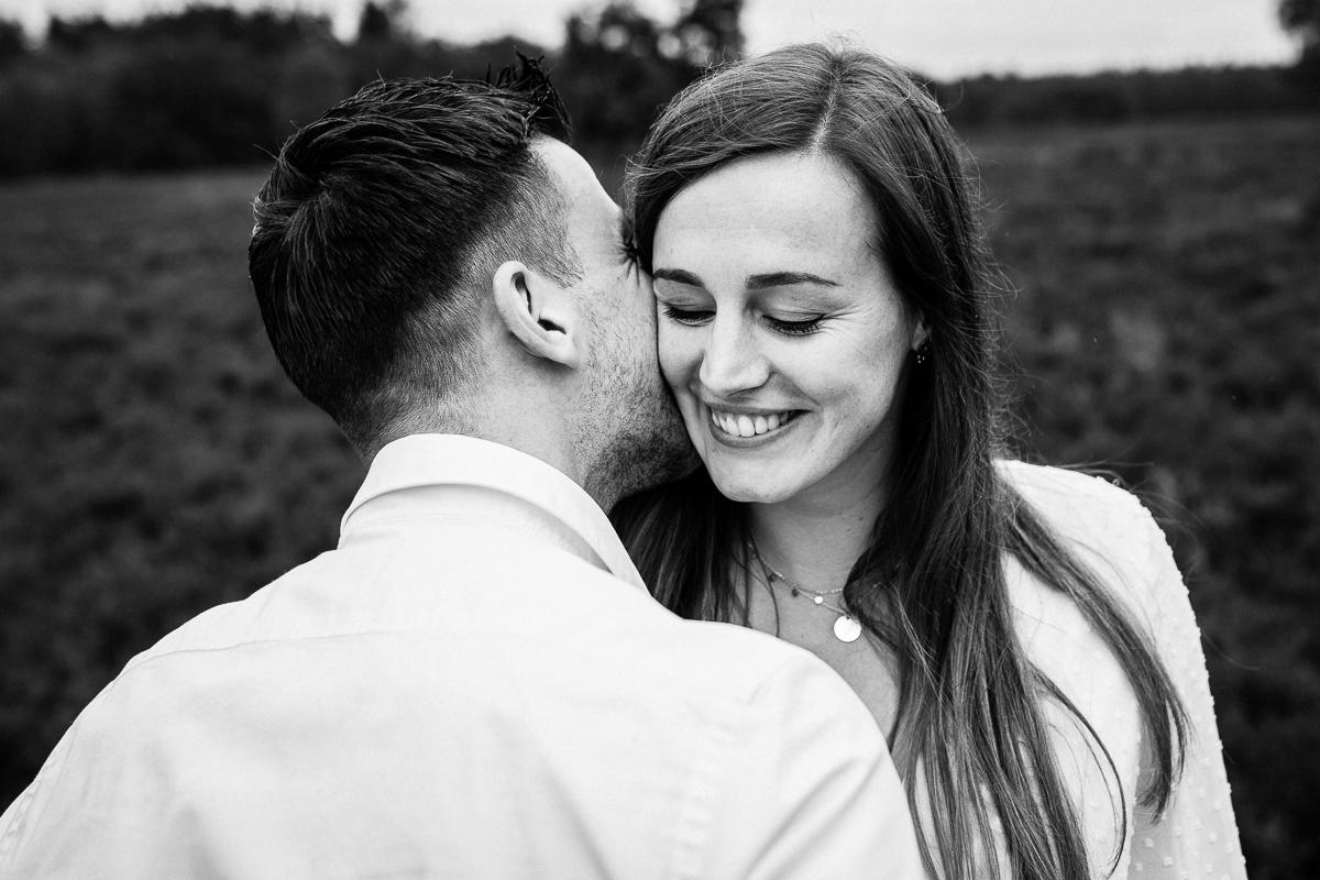 Loveshoot Heerde, fotoshoot Heerde, fotograaf, bruidsfotografie, dayofmylife, zwangerschapsshoot, schaapskooi, dellen-8